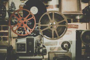 Защита авторских прав на видео, фильмы, ролики, разработка договорной документации на их создание